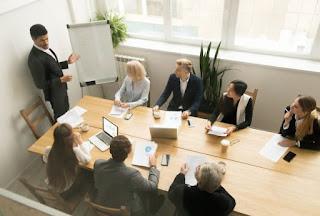 10 Hal Penting Ketika Memimpin Rapat Yang Harus Anda Ketahui