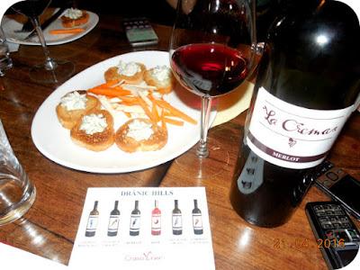 branza pretentioasa + vin viguros = combinatie de vis