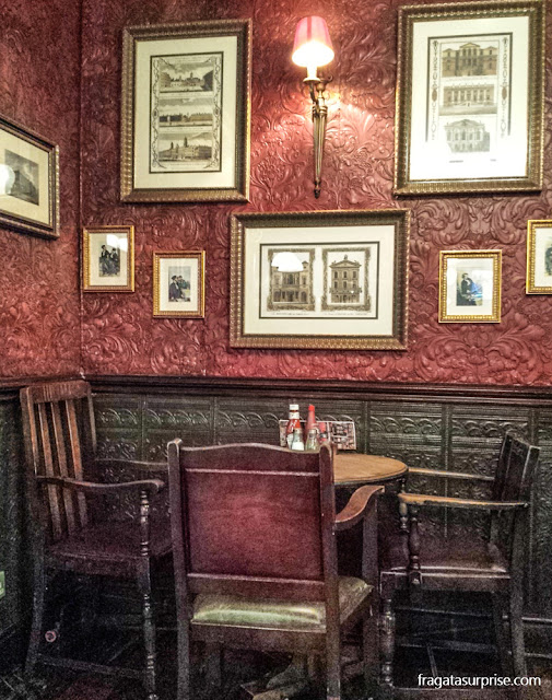 Londres, The Swan Pub, em Bayswater
