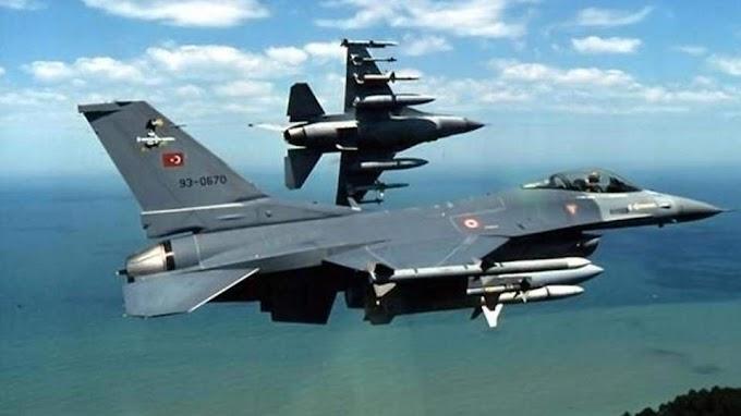 Μπαράζ πτήσεων τουρκικών μαχητικών πάνω από ελληνικά νησιά