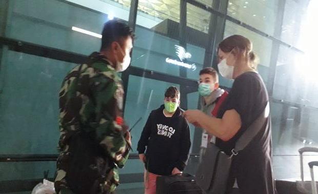 Meski Dilarang Keras, WNA Masih Saja Terus Berdatangan di Terminal 3 Bandara Soetta