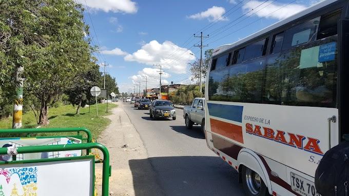Ministerio de transporte establece plazos y condiciones para reponer vehículos de servicios públicos
