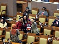 Tes Corona Digratiskan Untuk 575 Anggota DPR dan Keluarga, INDEF: Tontonan yang Sakiti Hati Rakyat