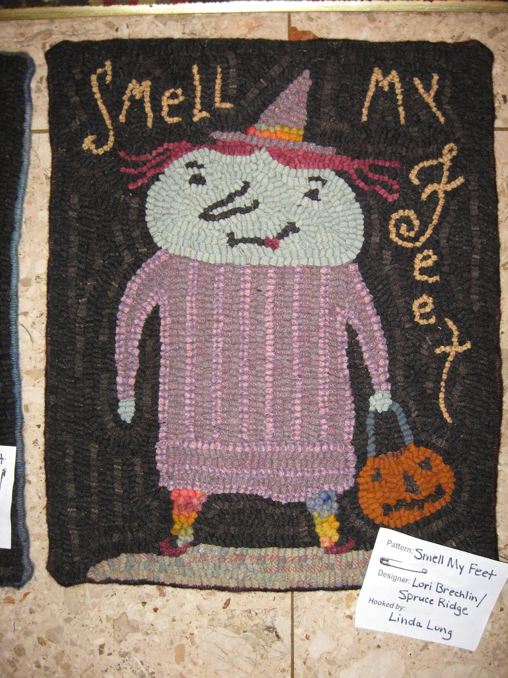 Linda Long Hooked These Fun Two Halloween Rugs. Both Are Notforgotten Farm  Designs Adapted By Spruce Ridge Studios.