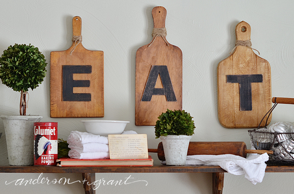 Display on kitchen shelf | www.andersonandgrant.com