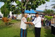 Komandan Lantamal X, Serahkan Hewan Qurban kepada Panitia Qurban di Lapangan Apel Mako Lantamal X