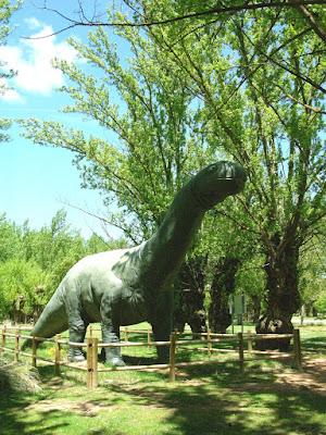 Parque Jurásico Beceite Beseit dinosaurio 4