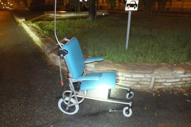 Lezárult a nyomozás – visszaadták az elkötött kerekesszéket a kórháznak a nyíreteleki fiatalok