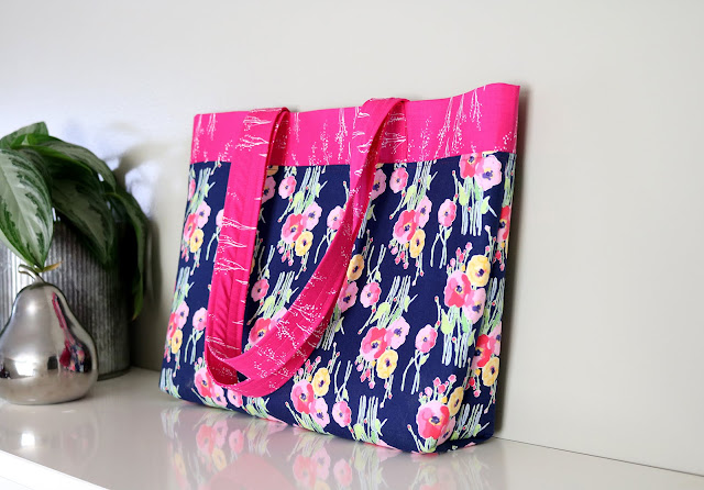 French Market Tote bag tutorial from Andy of A Bright Corner