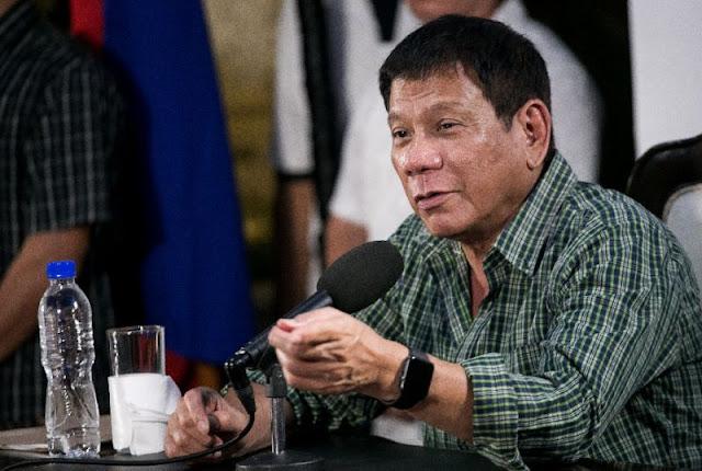 Pesquisa coloca Duterte como o segundo presidente mais popular das Filipinas em seus primeiros meses de mandato