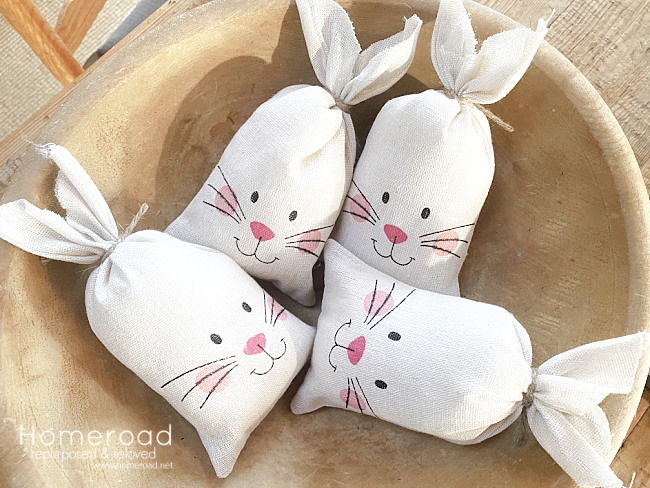 bowl of 4 stuffed bunny bowl fillers