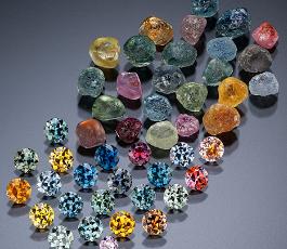 pedras preciosas brutas e lapidadas, jogo de cores