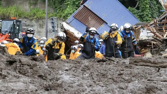 4 dead, search continues for dozens missing in landslide in Japan's Atami