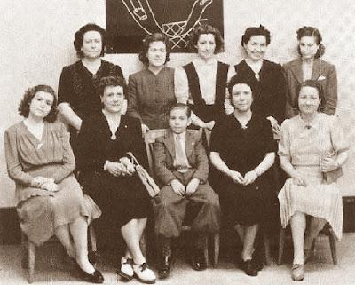 Ajedrecistas catalanas con Arturito Pomar en 1943