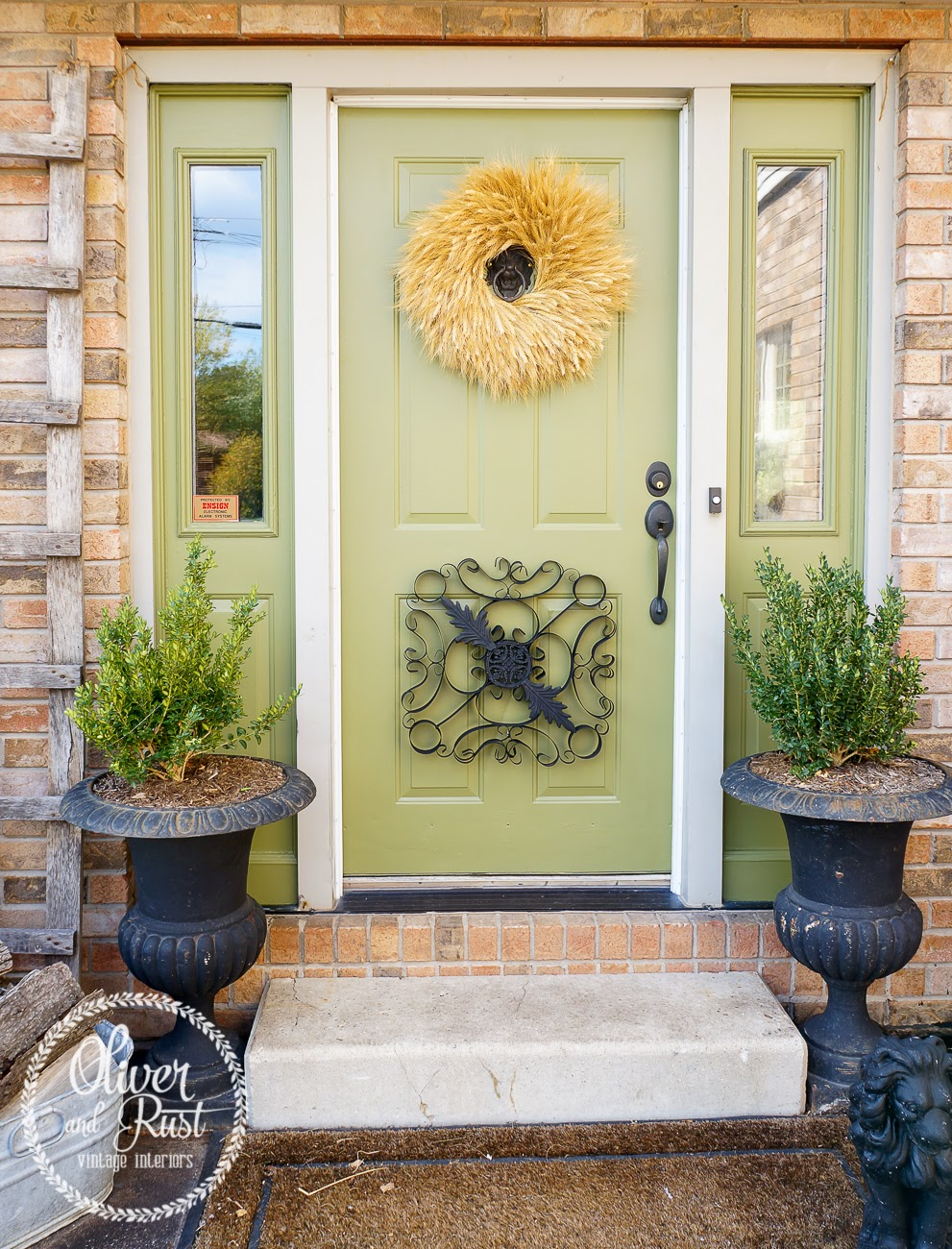 Stunning green door - Oliver and Rust