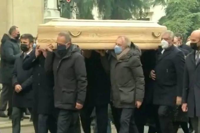 Funerale di Paolo Rossi, dal ricordo di Cabrini al Pablito tris