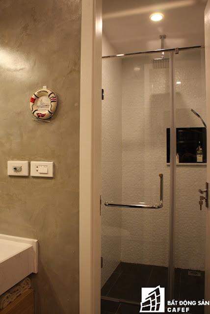 Sàn nhà, gạch ốp tường lựa chọn tông màu trắng