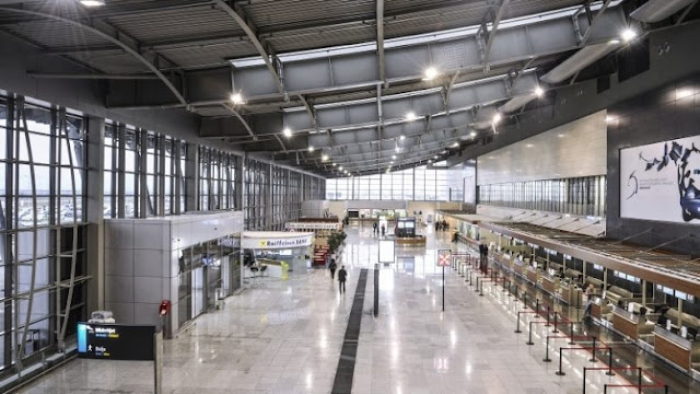 Kosovo Airport cancels all flights due to increased COVID-19 cases