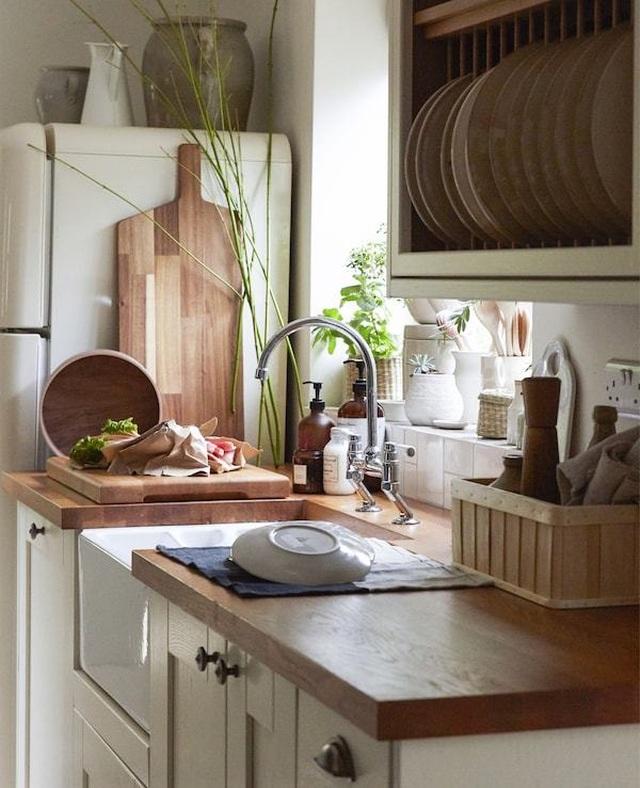 Arredare in stile provenzale arredare la casa. Country Chic Per Un Casa In Campagna Firmata Ikea