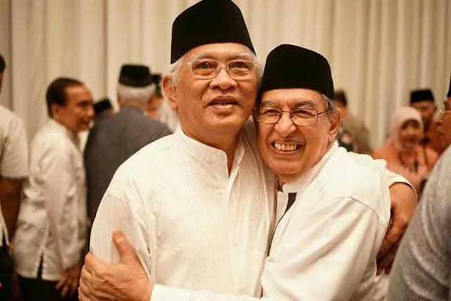 Gus Mus dan Quraish Shihab, Ulama Hebat yang Dituduh Liberal Karena Tak Pernah Demo