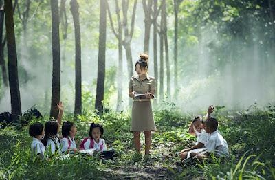 Ciri Kebahasaan Teks Cerita Inspirasi | Bahasa Indonesia Kelas 9 (Revisi)