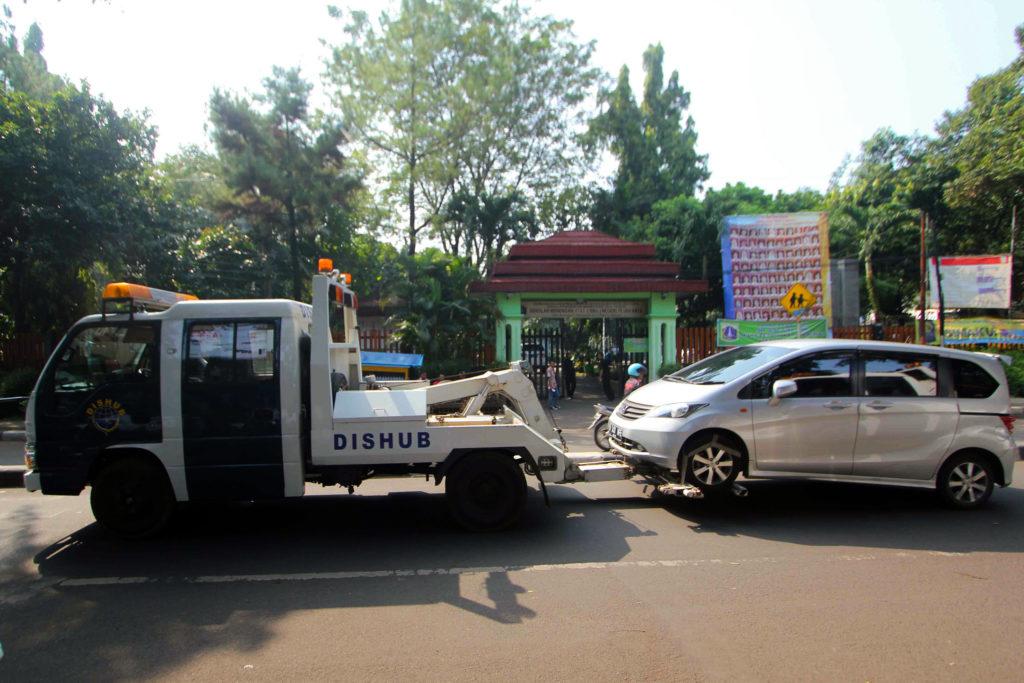jasa towing Makassar - Manado