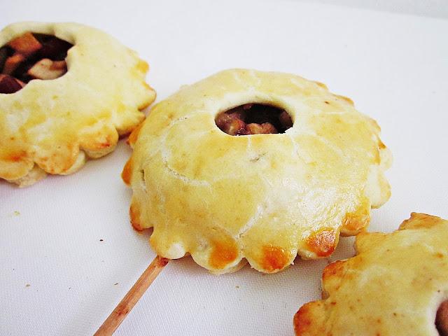 liegende Apfel-Cranberry-Pie Pops