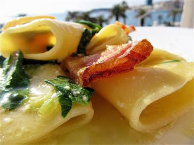 Pasta with Swiss chard sauce