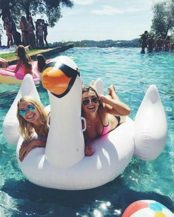 fotos tumblr amigas piscina