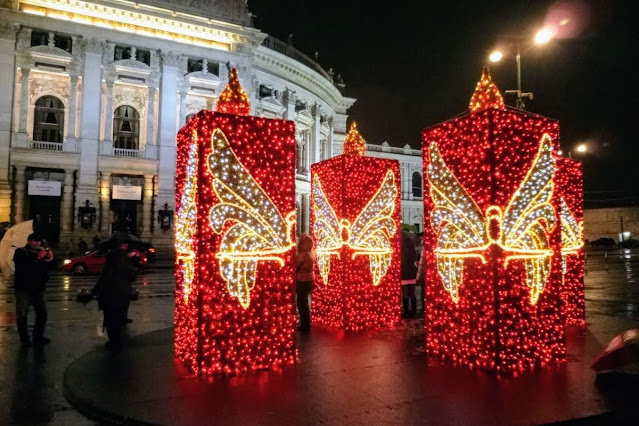 Vienna in December: Candles made from Christmas Lights
