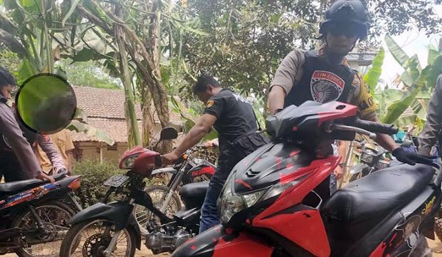 Polres mengamankan motor bodong di Pajarakan