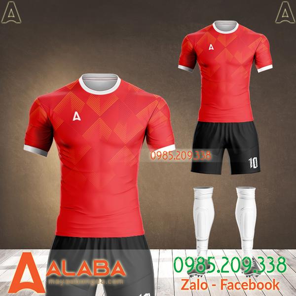 áo bóng đá màu đỏ thiết kế