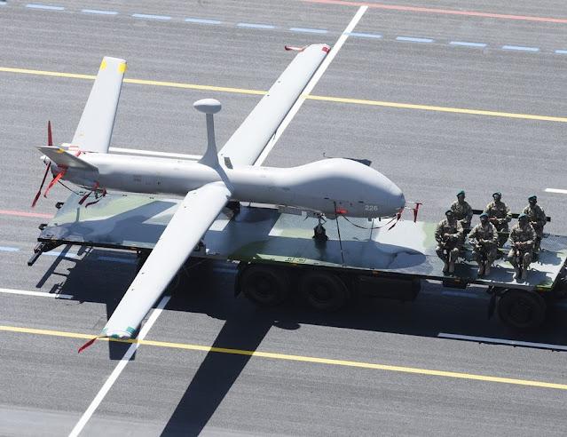 الطائرة دون طيار Elbit Hermes-900 Azerbaijan - suicide drone Loitering munition UAV