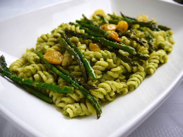 http://www.eat8020.com/2012/03/80-st-patricks-day-asparagus-cream.html