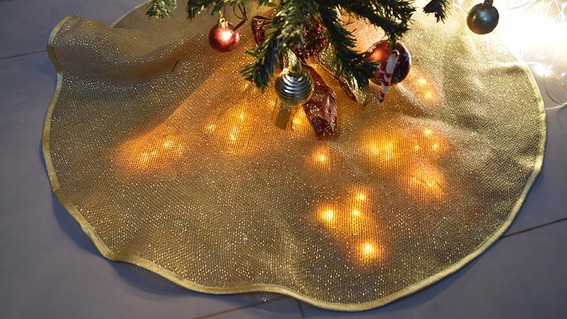 Saia da árvore de Natal Amanda Hossoi