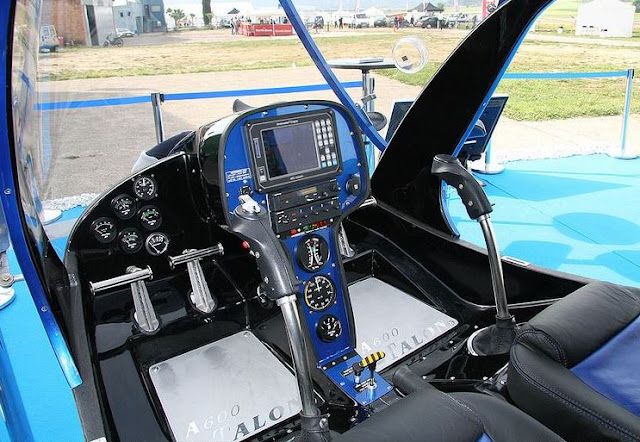 RotorWay A600 Talon interior cockpit