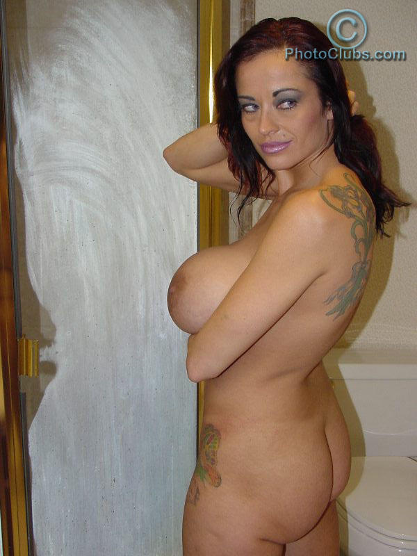 Pictures of non nude girls