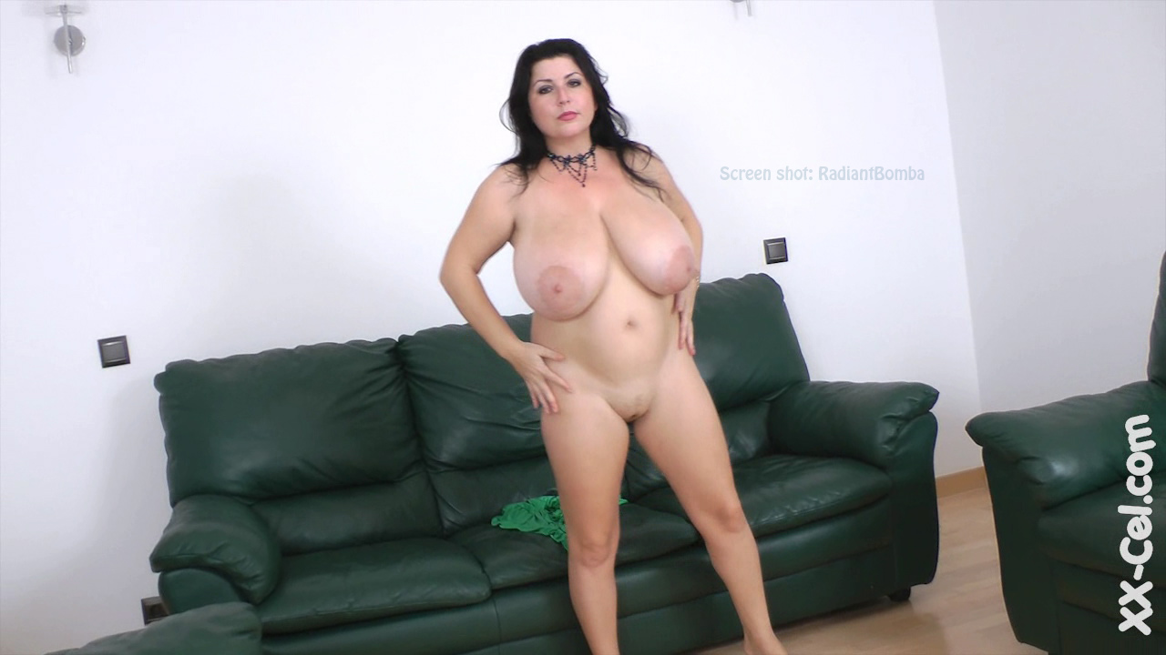Huge Tits Clipz