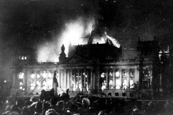 Reichstag Fire worldwartwodaily.filminspector.com