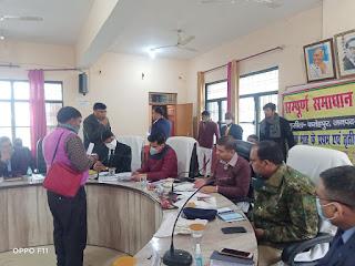 डी एम व एसपी की अध्यक्षता में तहसील फतेहपुर में सम्पूर्ण समाधान दिवस का आयोजन
