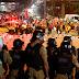 POLÍTICA / Bombas disparadas pela PF contra manifestantes pró-Lula deixam 8 pessoas feridas