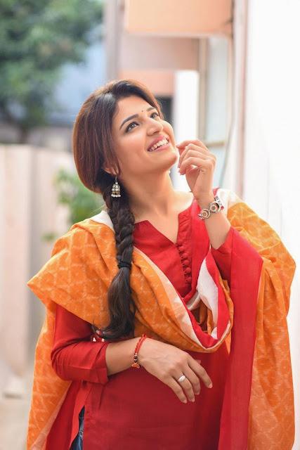 Chitra Shukla Stills From Rangula Ratnam Movie