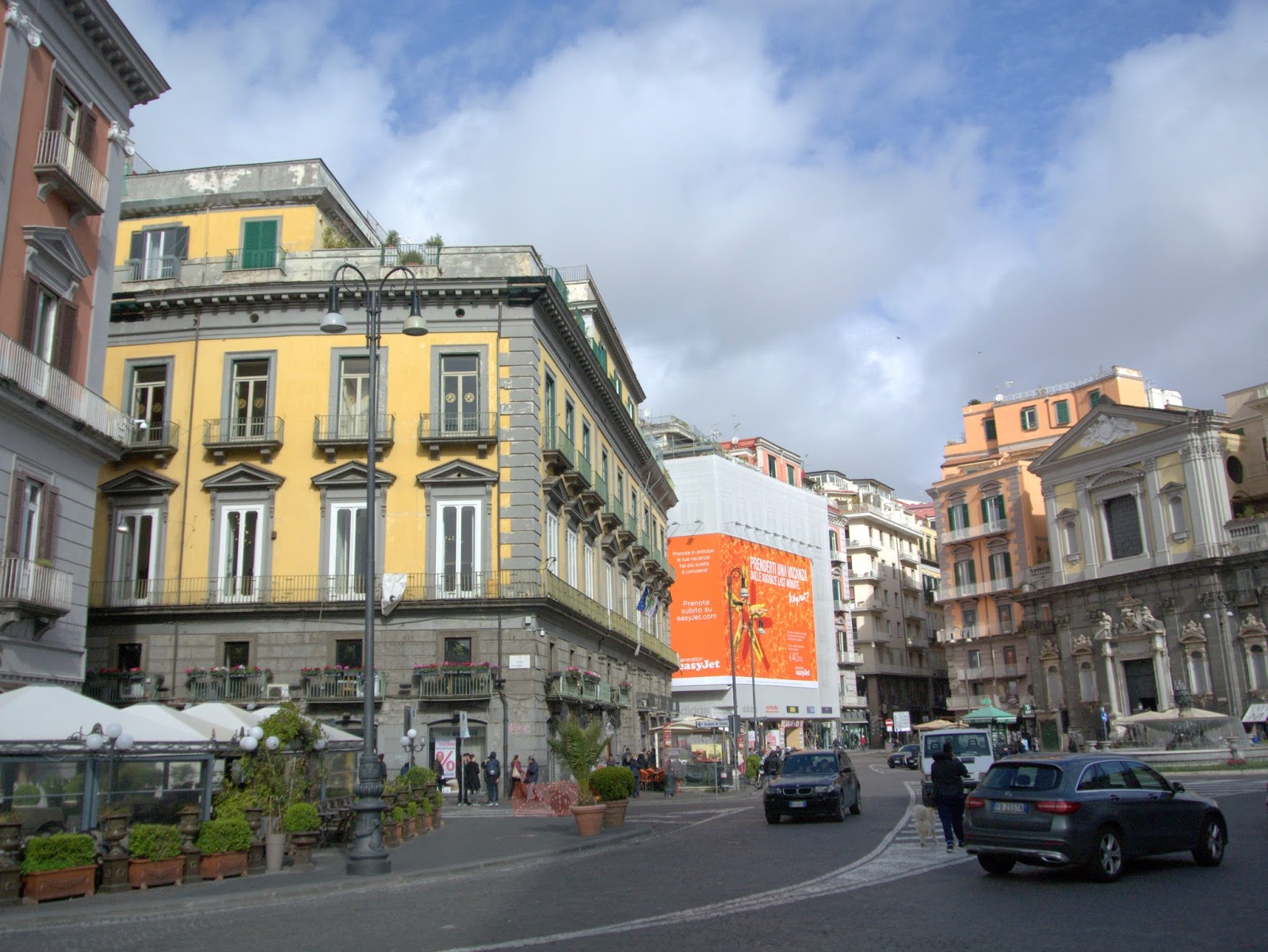 ulice w Neapolu, charakter miasta