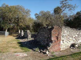 Ruinas del central azucarero