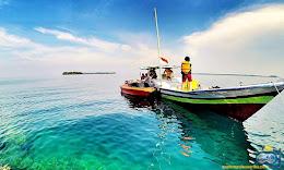 perahu jelajah pulau di pulau harapan