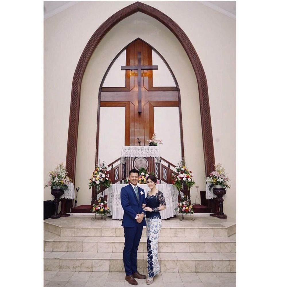 Boris Bokir menikah dengan Irma Purba