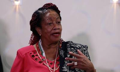 Ministra dos Direitos Humanos  é exonerada