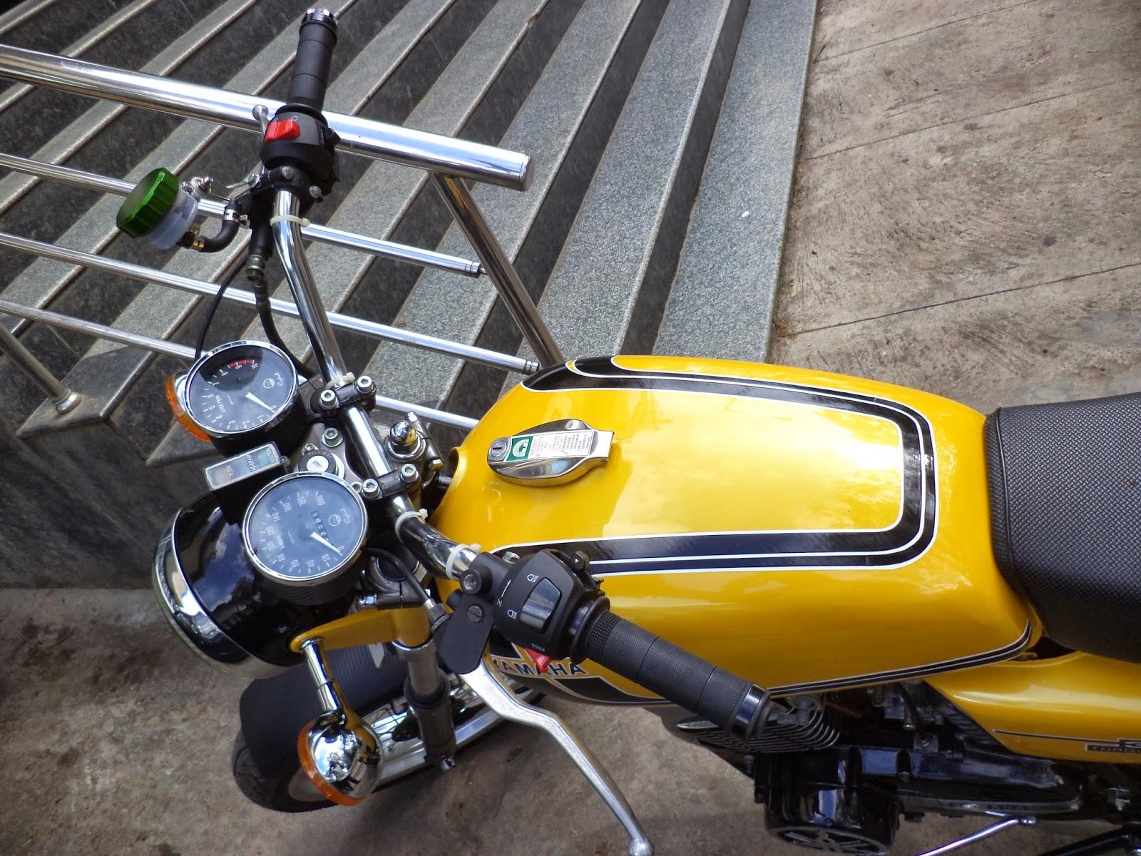 Extreme Machines : Yamaha RD350