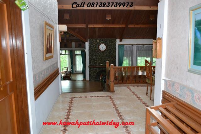 Berwisata dan menginap di villa kawah putih dari karawang