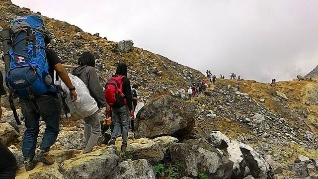Gerakan Mulung Gunung (GaLungGung) Sibayak 2015